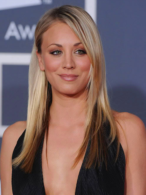 Kaley Cuoco på Grammy Awards i 2010