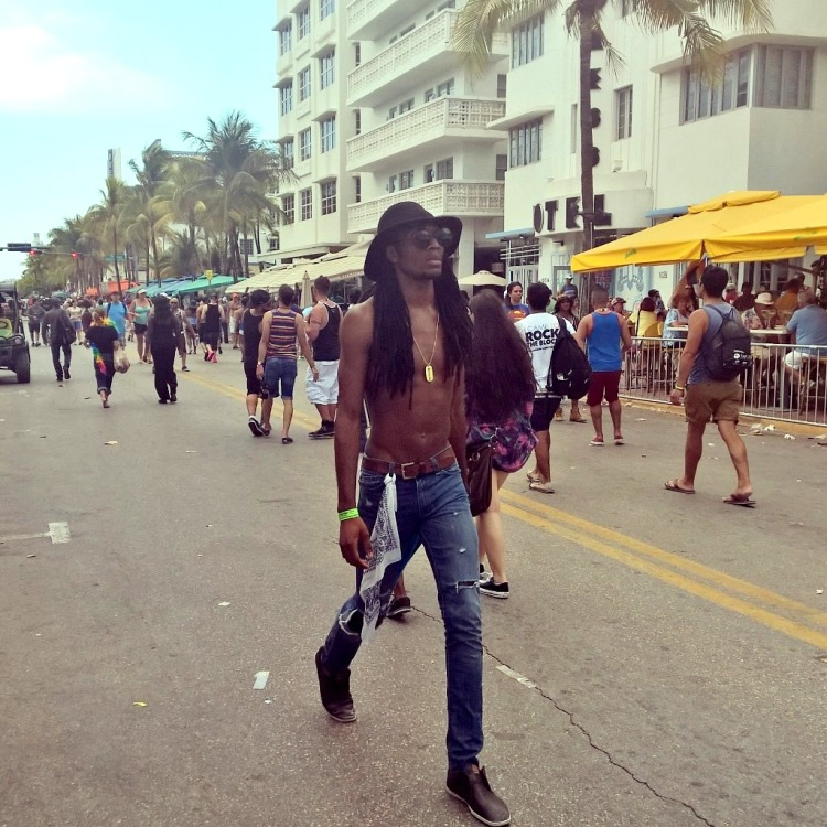 12.04.15 - Gay Pride Miami 9