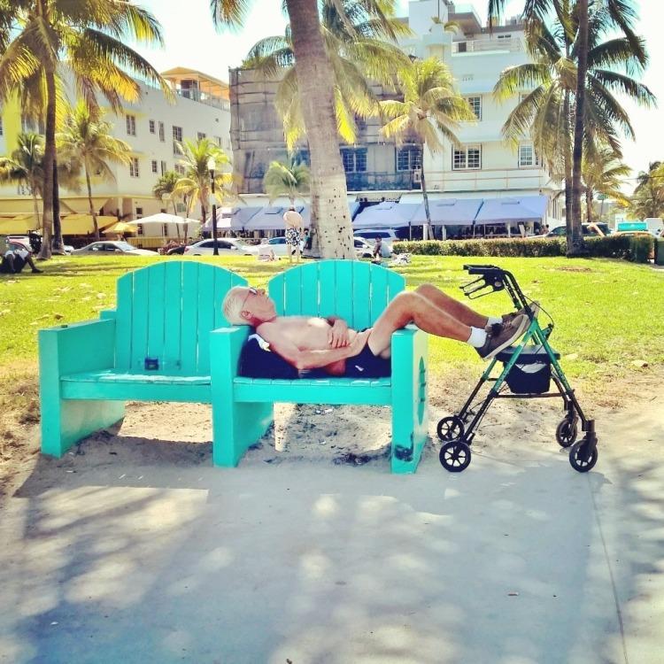 18.04.15 - Pensjonist i Miami