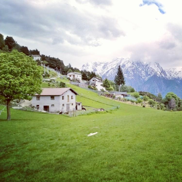 21.05.15 - Hus og fjell