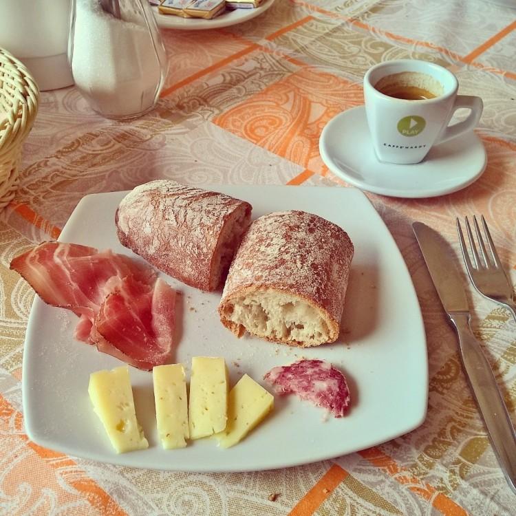 21.05.15 - Italiensk frokost